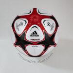 Adidas Finale 9 - Champions League 2009/10