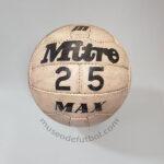 Balón Mitre 25 Max - Década 1970